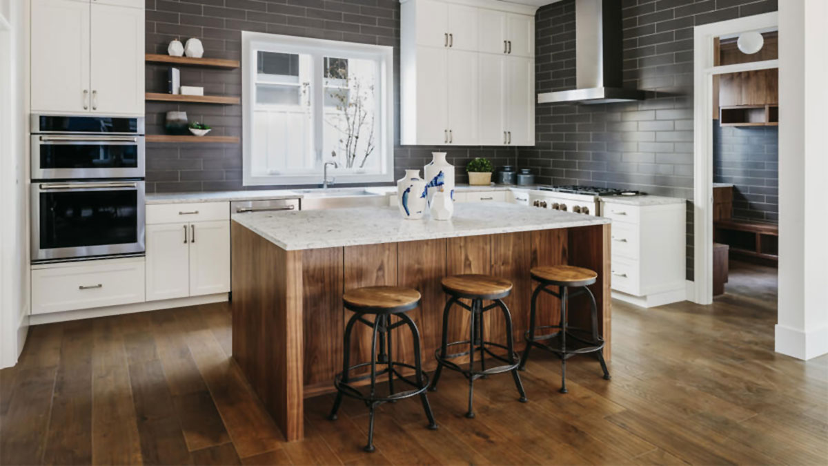 How To: Use an Accent Kitchen Island to Make Your Kitchen Pop
