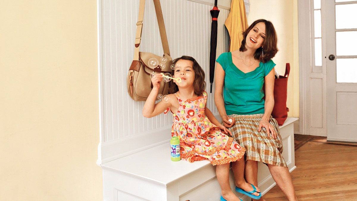 How to Build a Mudroom Bench